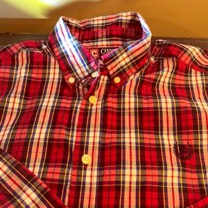 Chaps long sleeve button up. Easy care fabric.